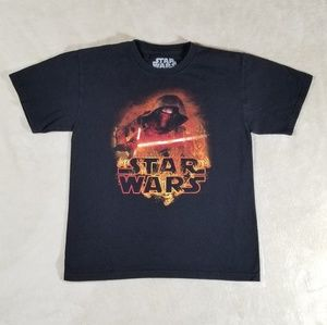 Star wars boys T shirt size L.